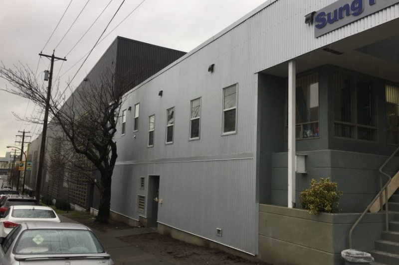 Metal cladding wall on commercial building