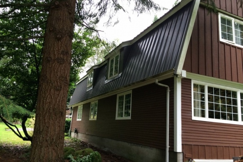Roof metal cladding