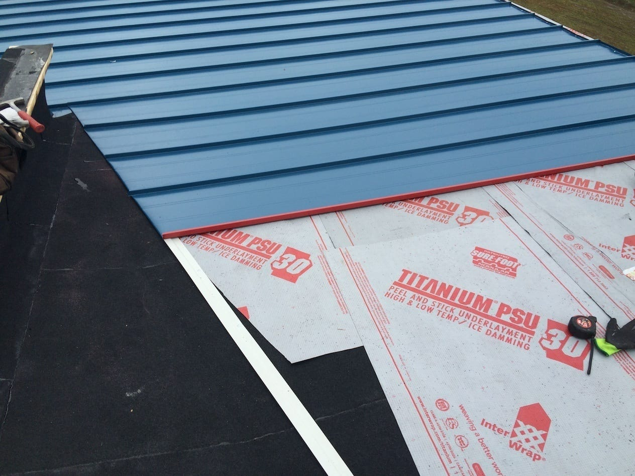 flat roofing with underlayment